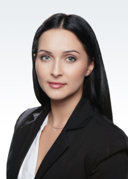 Анна Кукурудз