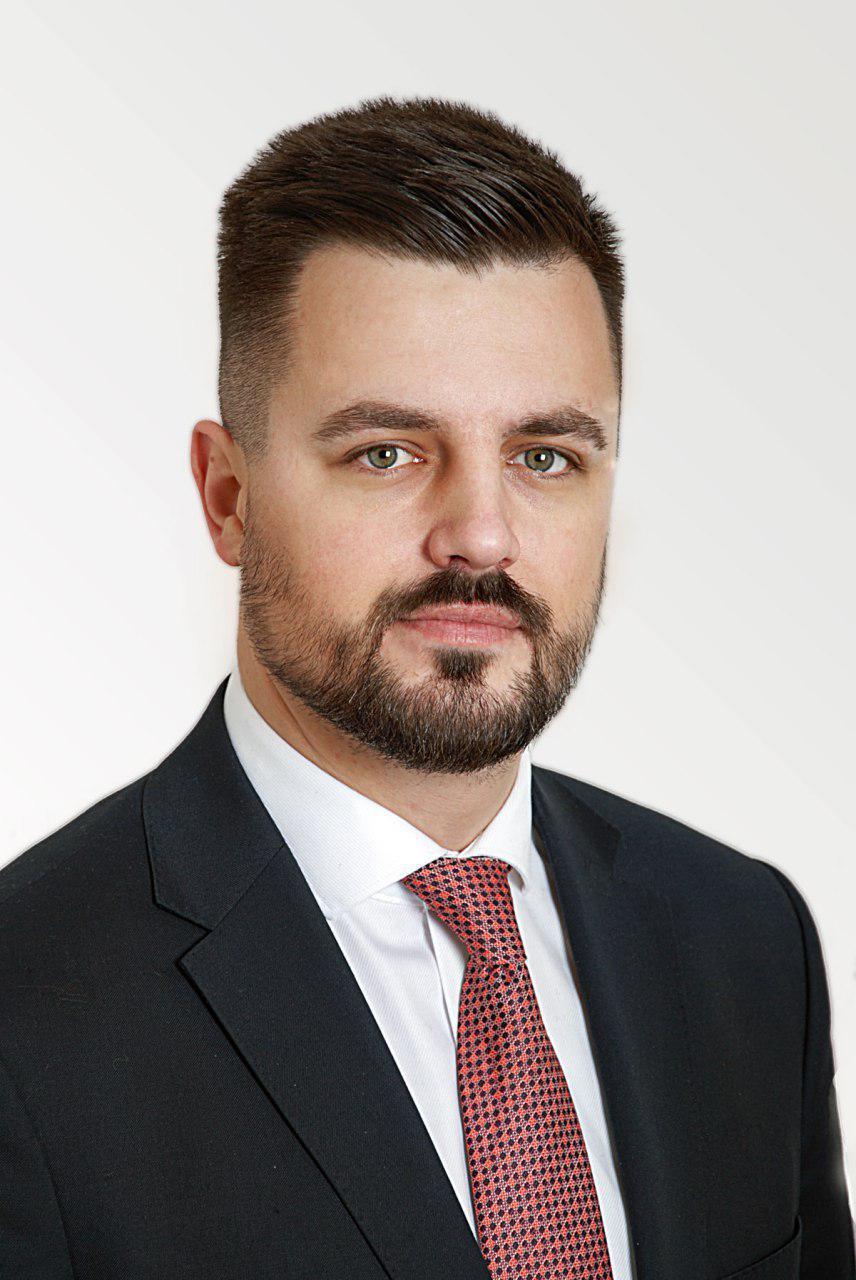 ДЕНИС ИЩУК